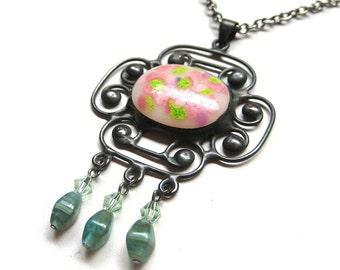 Vintage style fused glass gem pendant (v68)