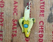 TINY BANANA CHARM 1960s Fyffes Retro Tin