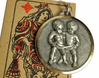 VINTAGE GEMINI MEDAL 60s Zodiac Italy