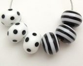 Black & White Dots And stripes Artisan Handmade Lampwork Glass Beads SRA