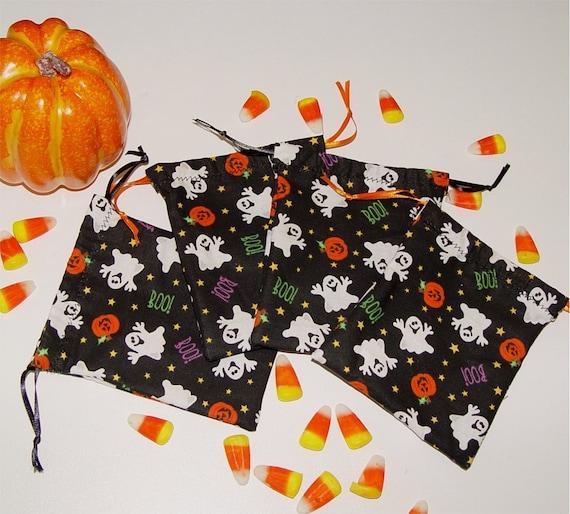Halloween bags. Treat bags. Party Favor bags. Ghosts. Pumpkins