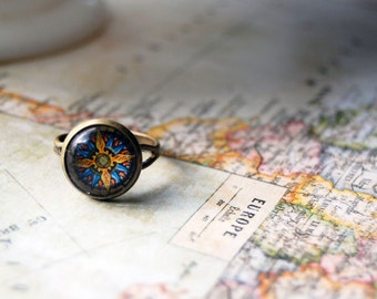 vintage compass ring- adjustable- antique brass- traveler gift