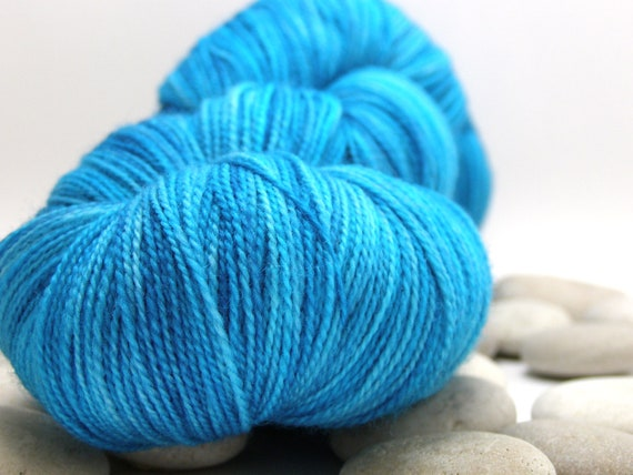 Hand Dyed Lace Knitting Yarn Merino - Lace Weight, Variegated, 870yds - Ocean