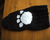small pawprint sweater