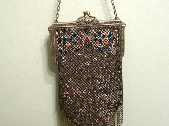 Flapper Mandalian Mesh Purse