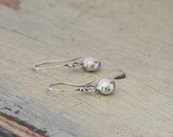 Simple pebble earrings