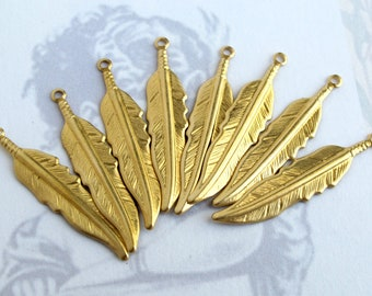 Brass Feather Charms (8X) (M738-A)