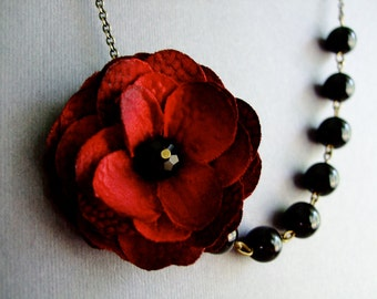 Red Flower Necklace,Red Floral Necklace,Black Pearl Necklace,Bridesmaid Necklace,Bridesmaid Gift,Wedding Jewelry Set,Statement Necklace,Gift