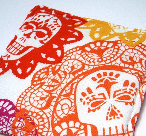 SALE - Double Insulated Mexican Dia De Los Muertos Paper Skull POT HOLDER.