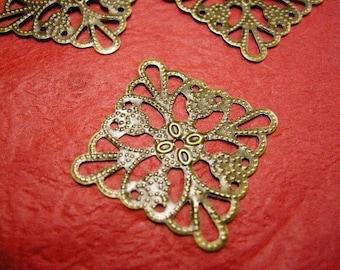 20pc diamond shape antique bronze filigree center piece/wrap-3444x2