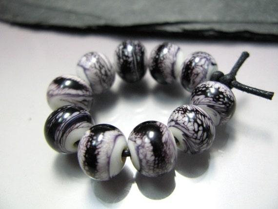 Handmade Lampwork  Beads by GlassBeadArt ...  Webbed black on white ... SRA F12 ...