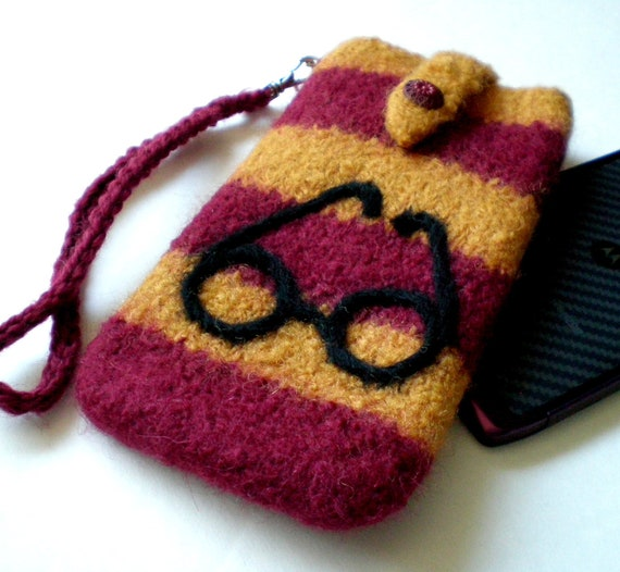 iPhone Case Felted Wool Wristlet (to fit IPhone, Droid Razr, etc. )  Harry P. Case - Made to order