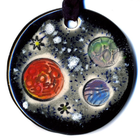 Planets Ceramic Necklace In Black and Gray
