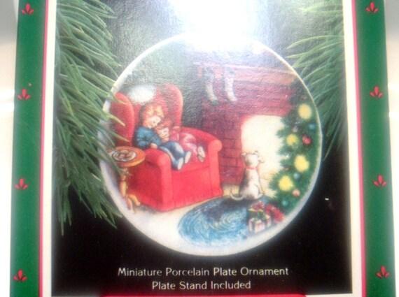 Vintage Hallmark Mini Porcelain Plate Ornament Waiting for Santa 1988