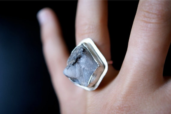 Sterling Silver and Milky Quartz ring -- PRE MADE