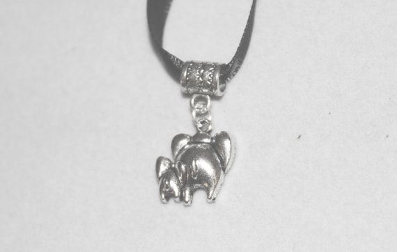 Handcrafted Cute Elephant Rumps Necklace Silver and Black BlkNek-Anm096