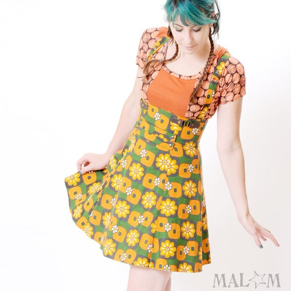 70s Skirt - Orange and green Skirt, floral - Vintage floral jumper skirt with suspenders - sz S- High waisted underbust skirt