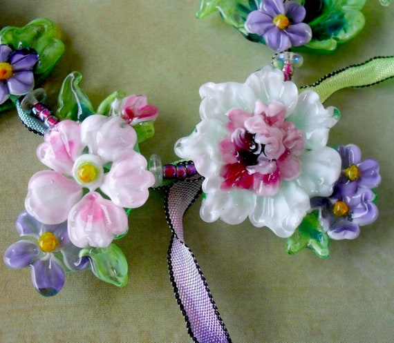 FRENCH GARDEN HelensHarvest Lampwork Glass Floral Bead Set Handmade Beaded Necklace