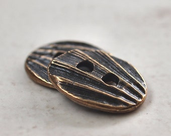 Oval Shell TierraCast Pewter 17mm Brass OX Button : 2 pc TierraCast Shell Button