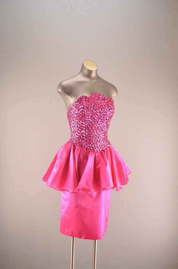 1980s bright pink cocktail dress / Vintage party dress / 80s Mike Benet dress