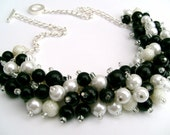 Pearl Beaded Necklace Black and White, Bridesmaid Jewelry, Cluster Necklace, Chunky Necklace, Bridesmaid Gift, Bridesmaid Necklace