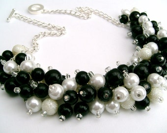 Set of 3 Pearl Beaded Necklace Black and White, Bridesmaid Jewelry, Cluster Necklace, Chunky Necklace, Bridesmaid Gift, Bridesmaid Necklace