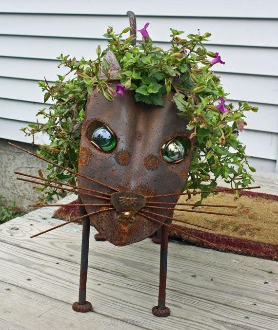 Cat Sculpture Found object metal garden sculpture flower planter - Top Graden Sculpture