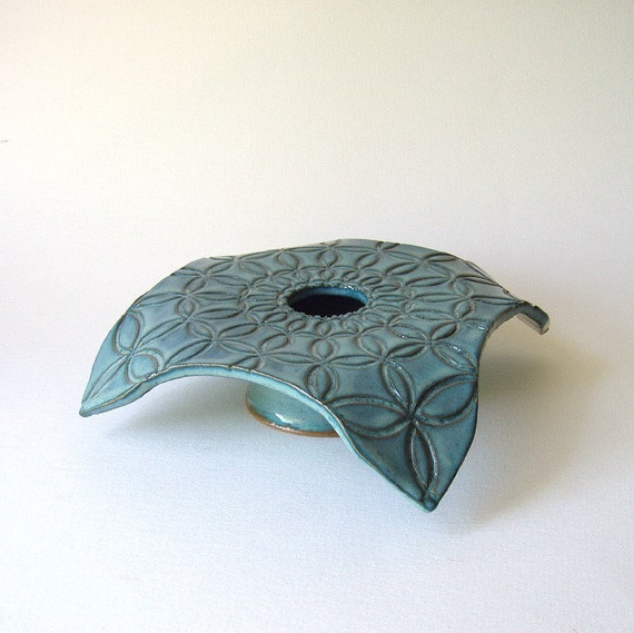 draped ikebana circle vase . jade blue
