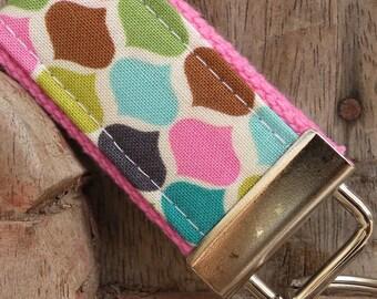 READY To Ship-MINI-MINI Keychain-Diamonds On Light Pink