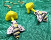 Honey Bees Earrings Set with Yellow Flowers Lightweight OOAK