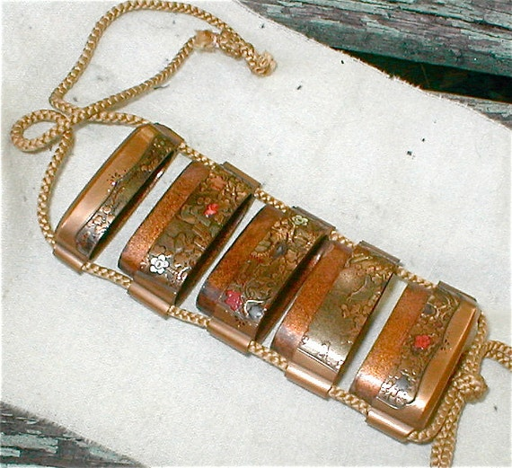Antique Japanese Inro - Gold Lacquer with MOP and Coral Inlay - 4 Chambered Pill Case