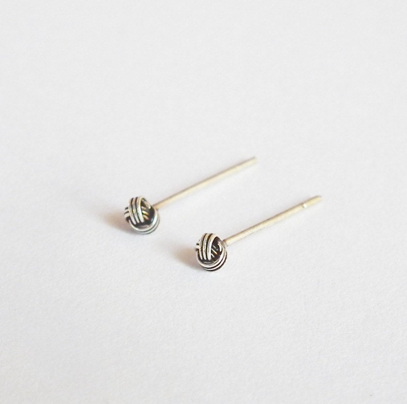 2 5 Mm Earrings: 2.5 Mm Tiny Oxidized Knot Ball Silver Stud Earrings Nose