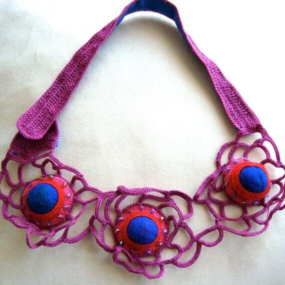Lace Green Freeform crochet necklace