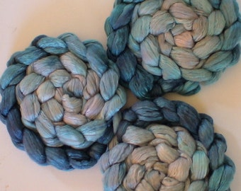 Roving for spinning  luxury blends gradient roving 2ozs Teal gradation PRE-order