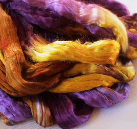 Hand Dyed Mulberry silk roving 2oz oliviola