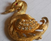 Vintage Rhinestone Brass Gold Plated Duck Pheasant Brooch
