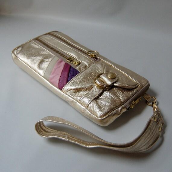SALE - 9 pocket Vigga clutch/hand bag in gold foil