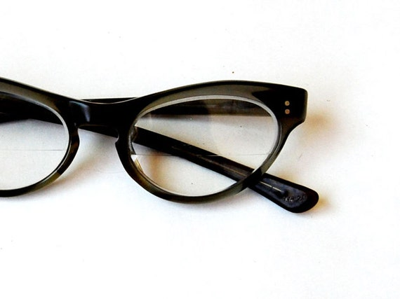 vintage CAT EYE glasses / 1950s TAUPE frame glasses