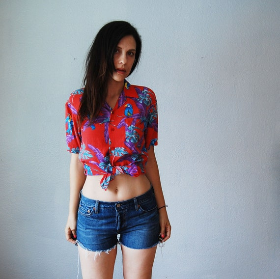 vintage ISLAND print blouse / 1980s novelty BIRD button up top