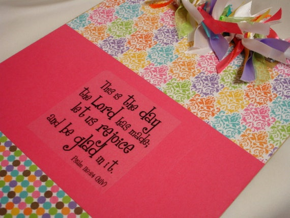 DAMASK DECORATED CLIPBOARD