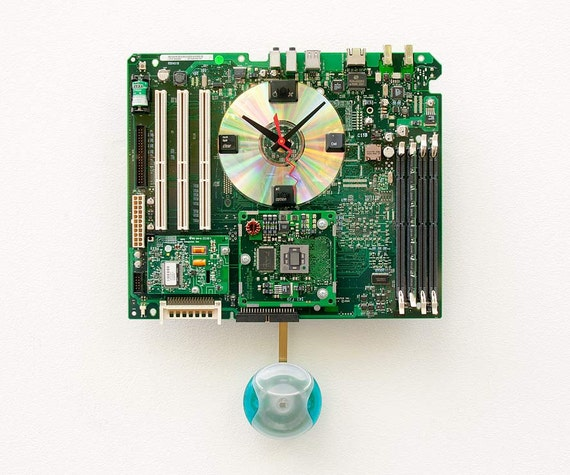 Recycled Apple G4 Motherboard Clock