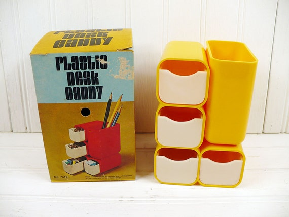 Vintage Plastic Desk Caddy Yellow Pencil Holder Organizer Mint In Box