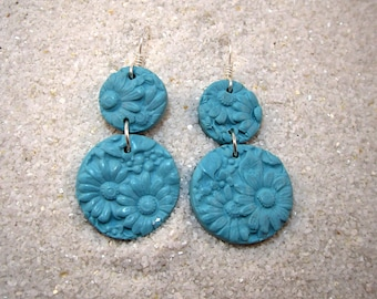 PLAIN FANCY Bright Turquoise Carved Look Floral Drop Earrings