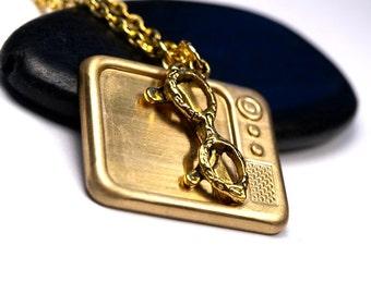 Retro Television necklace, Tv Necklace, Eyeglasses necklace, brass Tv pendant, brass TV charm necklace, Golden brass Television Necklace