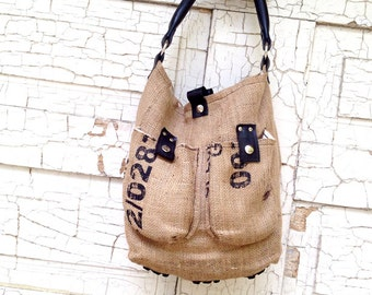 NEW FABRIC CHOICE!  Recycled material handbag with recycled Bicycle trim. Model: Doppio