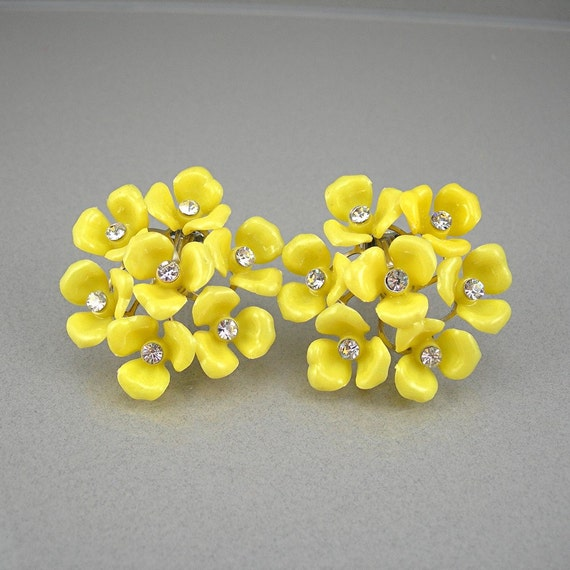 Vintage Yellow Clip Earrings Plastic Flower Cluster Rhinestone
