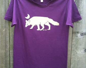 Arctic Fox on an Eggplant Unisex Adult Tee