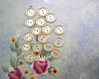15 Vintage plastic buttonscream with gold color circle 12mm