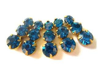 5 Swarovski vintage jewelry findings 3 rhinestone crystals in brass setting, unique blue