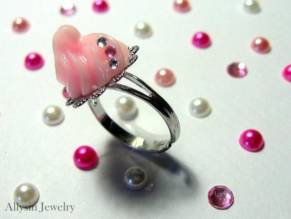 Whipped Cream Ring - Pastel Pink - Kawaii Jewelry